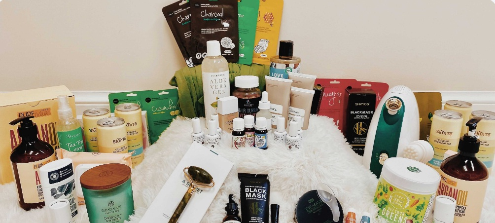 Mom Mastery University Spring Beauty Box Giveaway