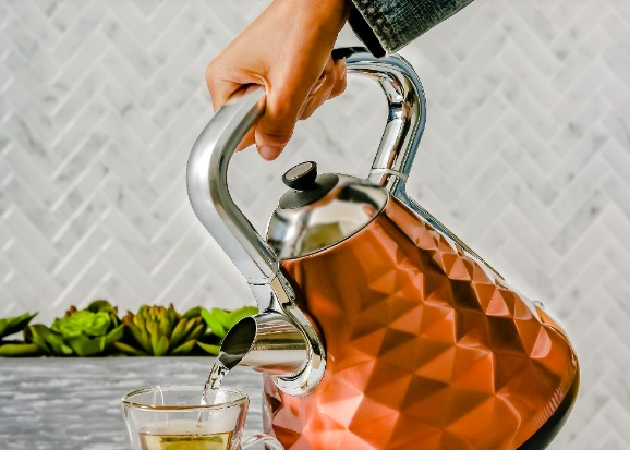 Ovente KG83 Water Kettle Giveaway